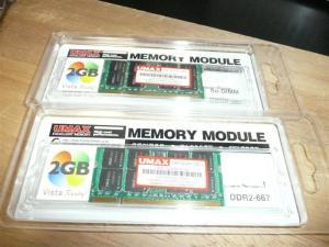 格安メモリ4GBで5760円