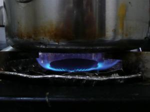 茹でるときは差し水しない。火の調節だけで