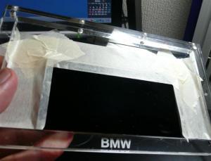 ガラスなので、しっかりと固定して使用する。決してこのガラス単体で使用しない事