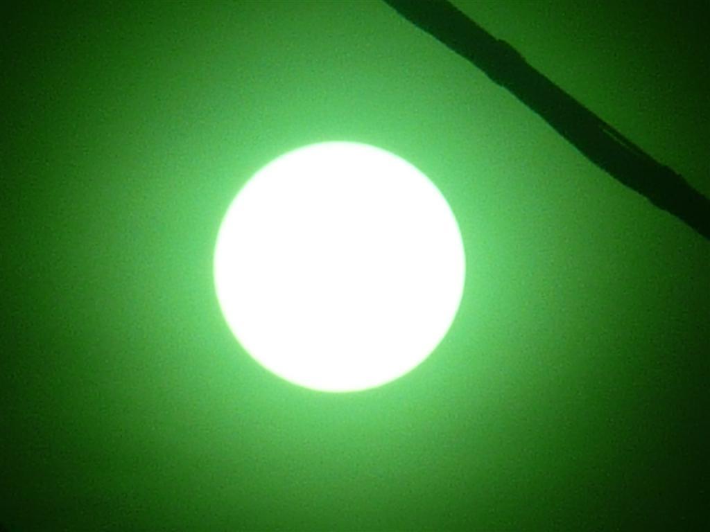 晴れた太陽を初めて写せた