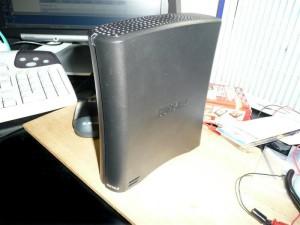 外付けUSBハードディスクの分解方法