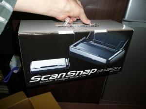 両面スキャナー「Scan Snap S1300」到着