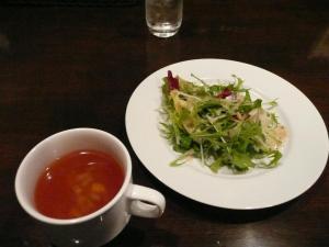 サラダ、トマトスープ