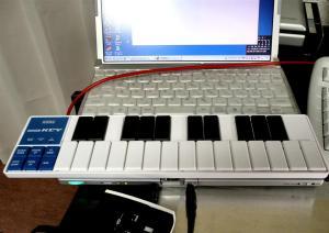 ノートPCと併用で省スペース作曲環境ができる