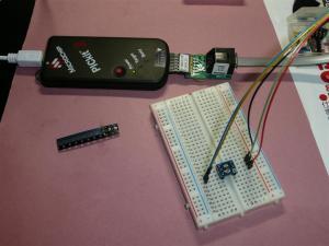 書き込みはSOT23変換基板を利用して、押し付けながら書き込む