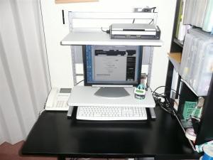 机を広く使えるOAラックPCR-X582SW