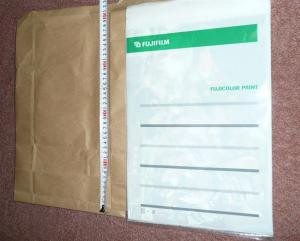 四つ切ワイドを出来るだけ小さな封筒に入れられる様に加工