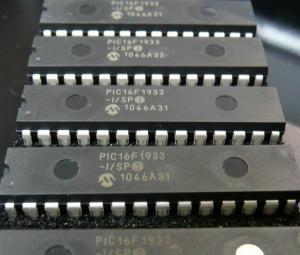 PIC16F1933-I/SP