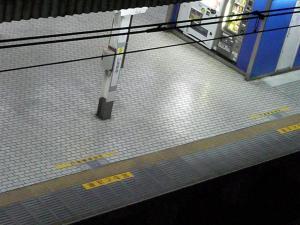 封鎖されたJR線(市谷駅)
