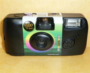使いきりカメラから高圧回路部品を調達