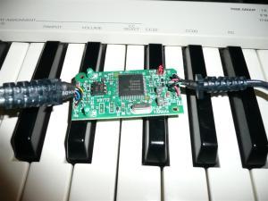 USB midiケーブルを分解