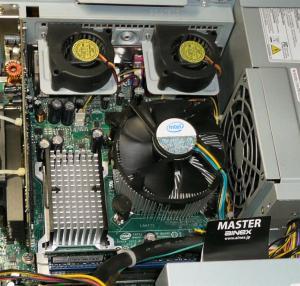 パソコンの内部を掃除