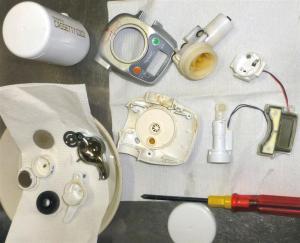 浄水器の中を分解掃除