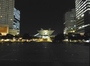 夜の東京ビッグサイト