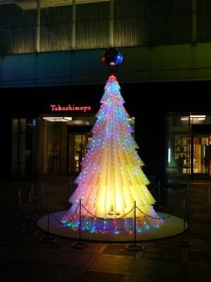 新宿高島屋前のツリー