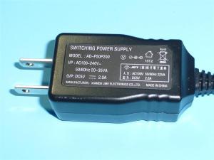 超小型スイッチングACアダプター5V2A AD-P50P200