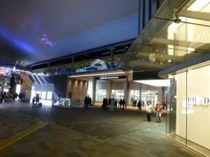 東京駅八重洲口「グランルーフ」