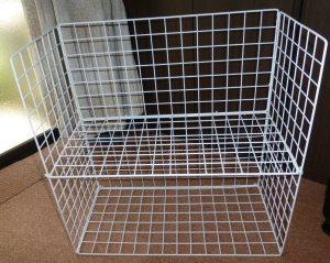 100均の網で棚を作る