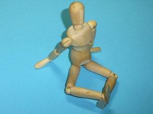 ダイソーのデッサン人形を改造してあぐらが出来るよ!