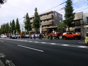 井草八幡宮の大太鼓・山車・神輿
