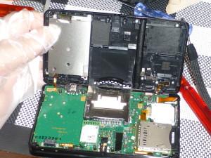 Nintendo 3DSの液晶画面を交換