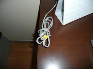 有線LANケーブルで接続する