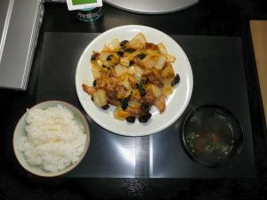 今日の夕食 豚肉と白菜とキクラゲのあんかけ